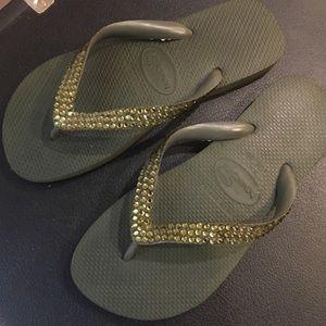 Swarovski Encrusted Havaiana Flip Flops!